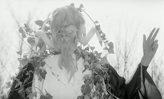 Rape of the Vampire (1968) - Midnight Only