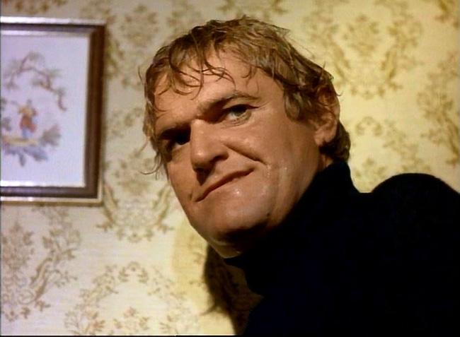 Charles Napier as sadistic cop Harry Sledge.