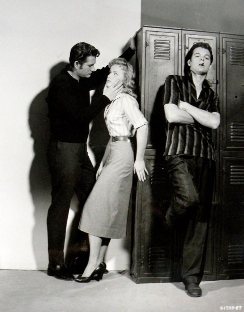 J.I. Coleridge (John Drew Barrymore), Joan Staples (Diane Jergens), and Tony Baker (Russ Tamblyn).