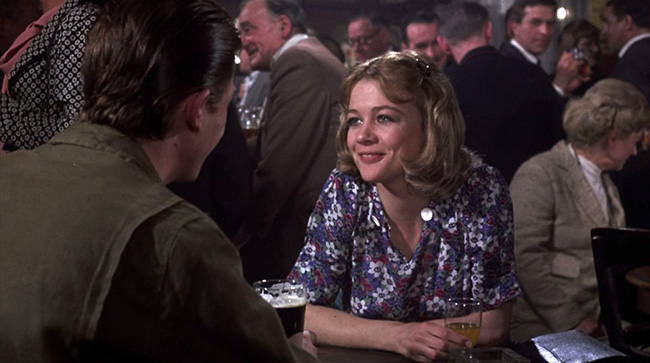 Beryl (Judy Geeson) goes to the pub with her husband Tim (John Hurt).