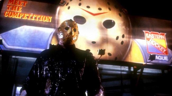 Jason (Kane Hodder) takes Manhattan.