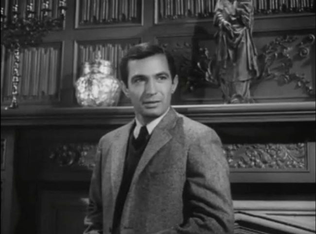 Ben Gazzara playing Hayden's nephew, Fred.
