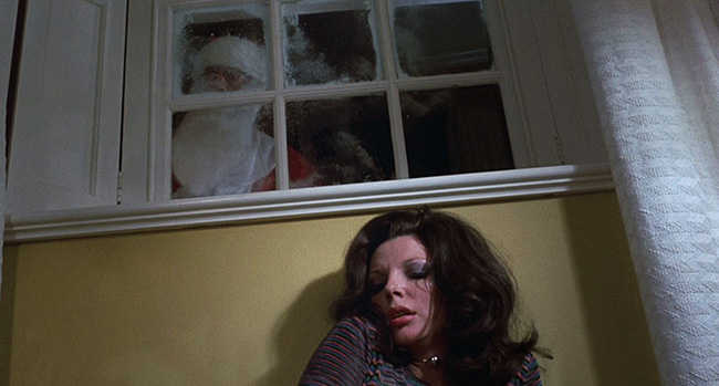 Joan Collins Hides From A Psychopath Santa In And All Through The House